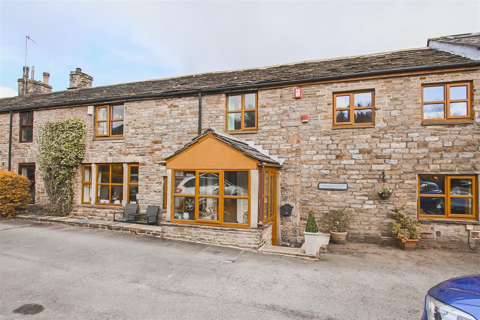 4 Bedroom Farmhouse For Sale - Image 43